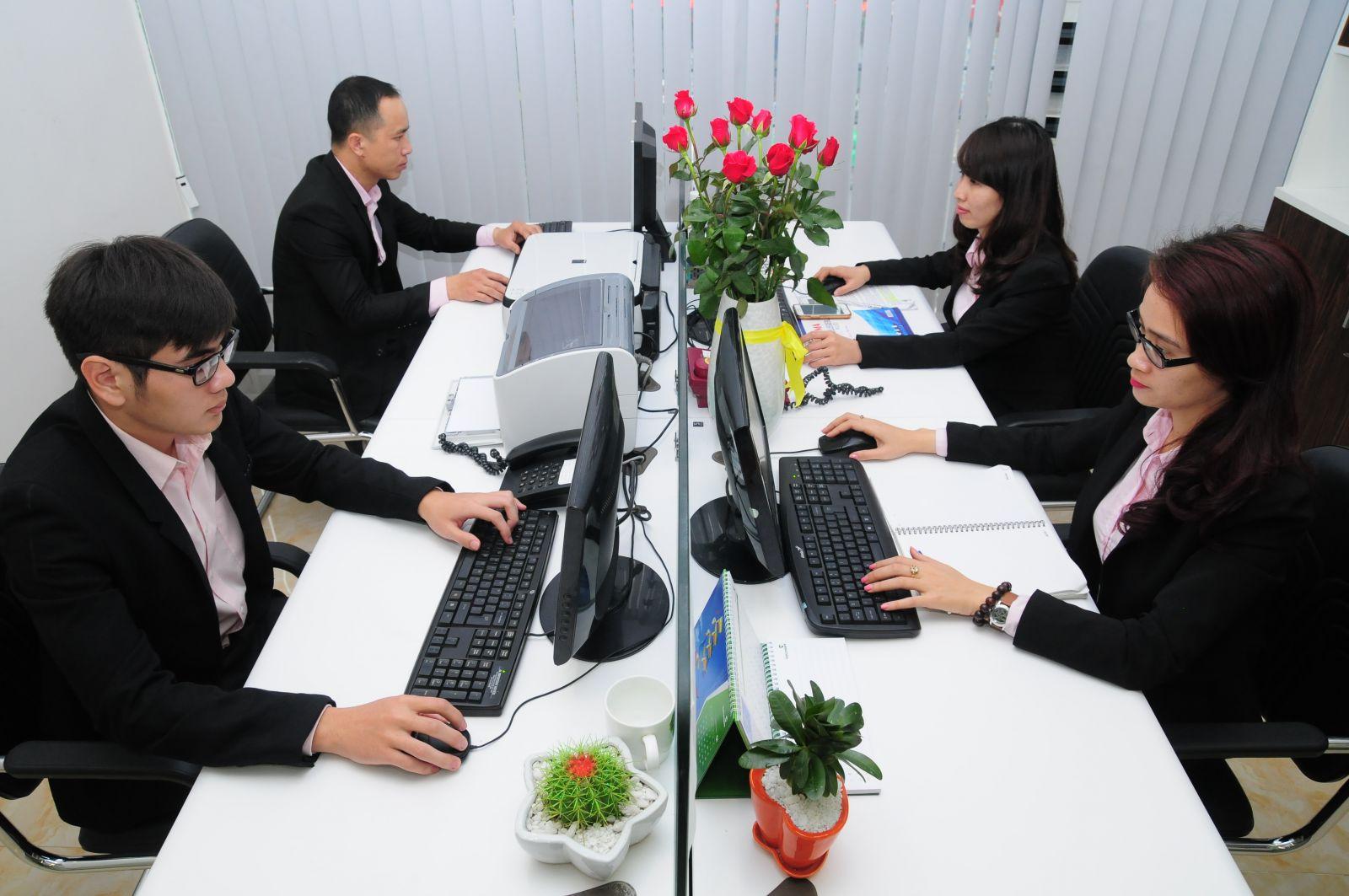 Nhân viên phòng hành chính nhân sự tại các công ty