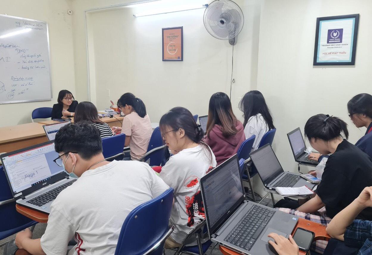 Vinatrain là đơn vị đào tạo hành chính văn phòng được đánh giá chất lượng tốt tại Việt Nam