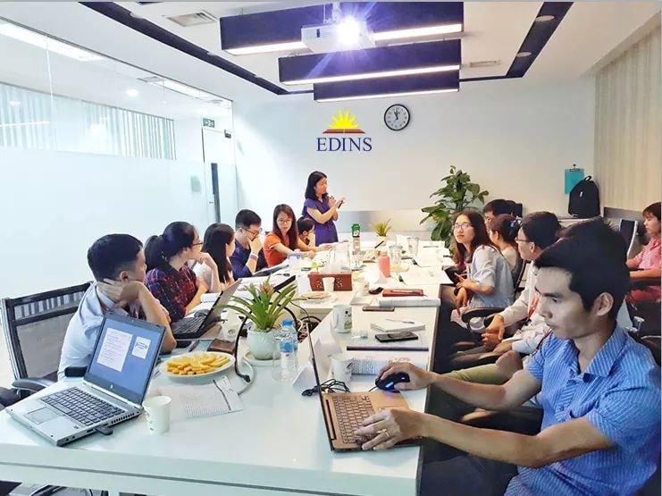Trung tâm Eldins đào tạo khóa học mua hàng xuất nhập khẩu