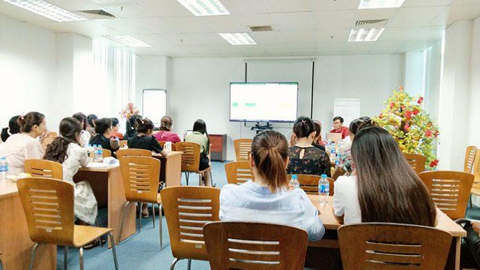 Hệ thống đào tạo thực tế VinaTrain cũng là một địa chỉ tin cậy để học kế toán