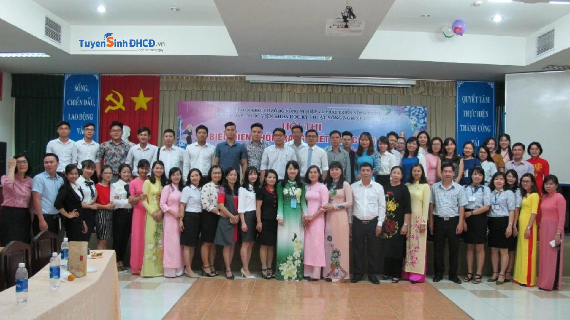 Trung tâm IAS là địa chỉ đào tạo hành chính nhân sụ uy tín tại Hồ Chí Minh